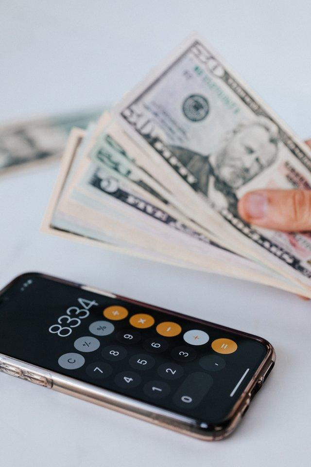 как крадут деньги с карты с помощью мобильного банка