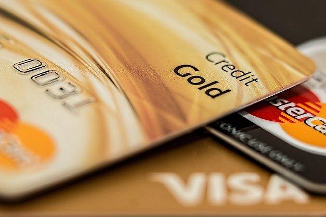 как могут снять деньги с карты мошенники